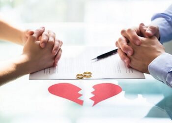 Адвокат и юрист по разводам